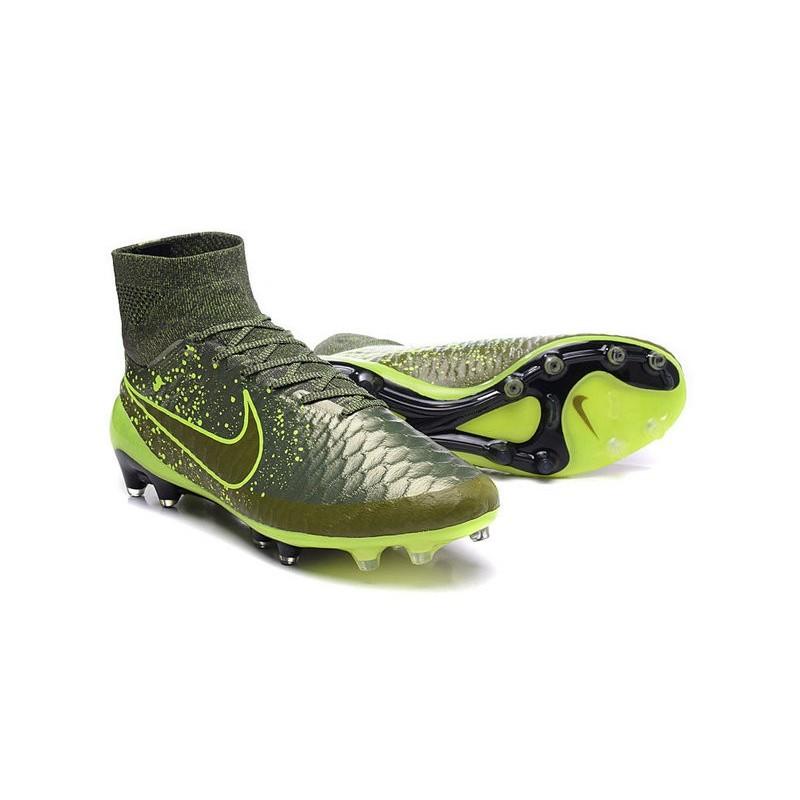 separation shoes 18076 d17cc Nouveaux Chaussures 2015 Nike Magista Obra FG ACC Power Clash Vert Noir