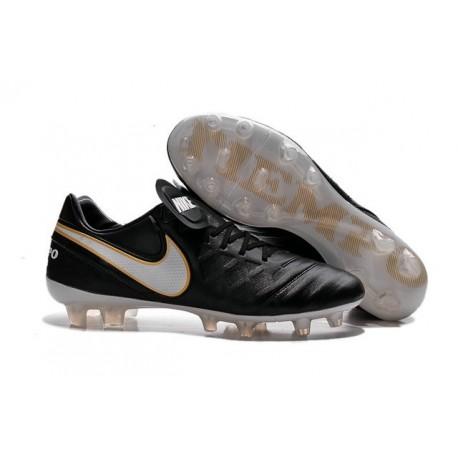 Crampons de Foot 2016 Nike Tiempo Legend VI FG Homme Noir Blanc Or