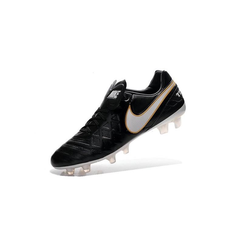 18caf9a5d Crampons de Foot 2016 Nike Tiempo Legend VI FG Homme Noir Blanc Or