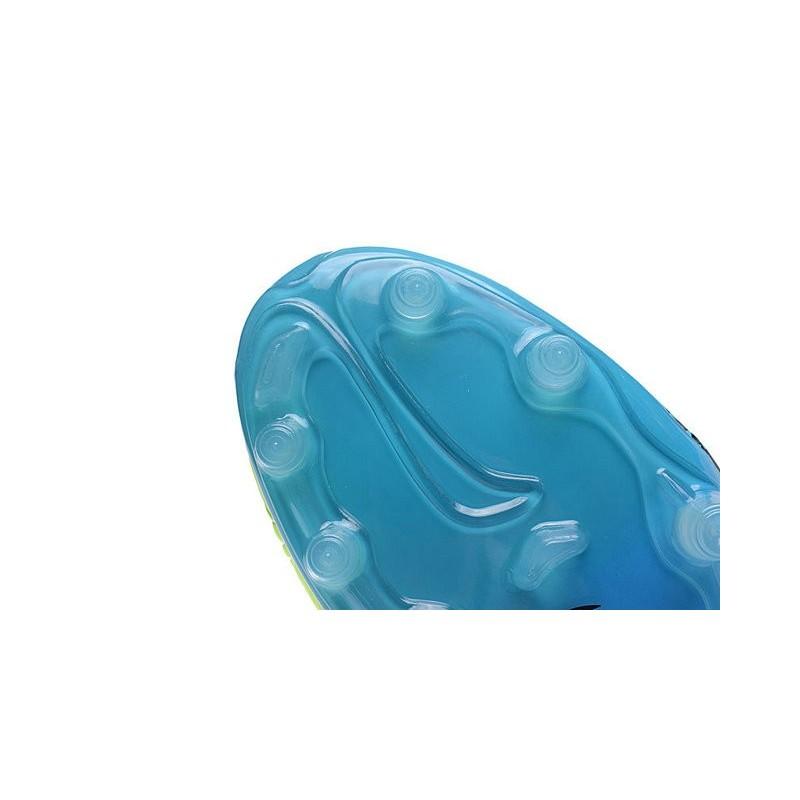 reputable site 48ffa 9e7cc Phantom Crampon Foot De Nouvelle Fg Volt Hypervenom Nike 2016 Ii rTYvqxwY