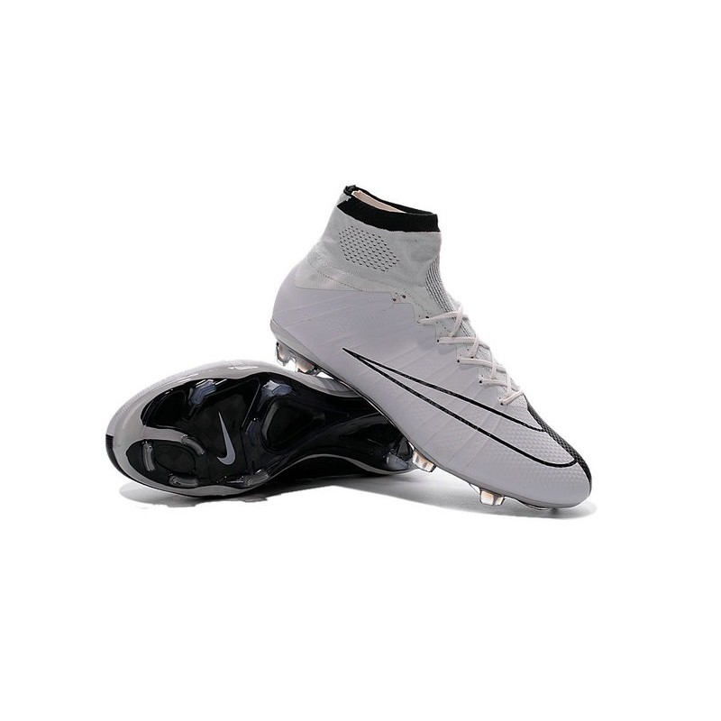 Cristiano Ronaldo Iv Chaussure Nike Mercurial Superfly Iv Ronaldo FG Blanc Noir 731911