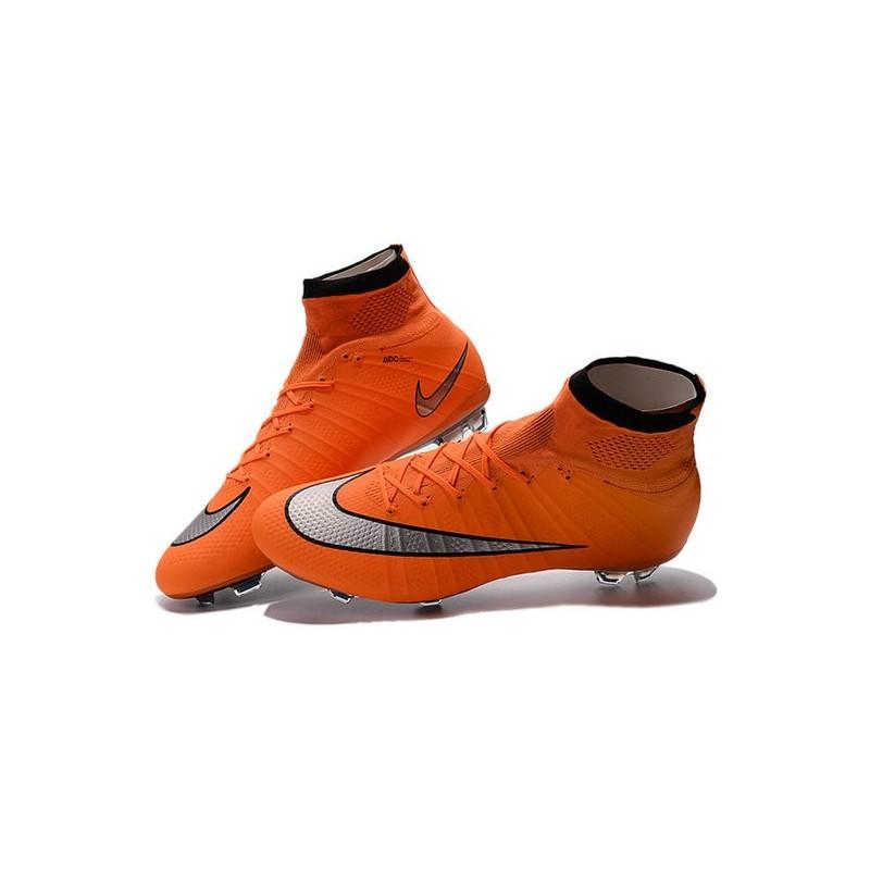sports shoes 617c3 7feff Cristiano Ronaldo Chaussure Nike Mercurial Superfly Iv FG Orange Argent  Zoom. Précédent. Suivant