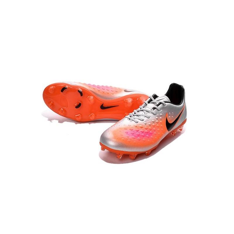 vente chaude en ligne d682d ad669 Chaussures Football Nouvelles 2016 Nike Magista Opus II FG ...